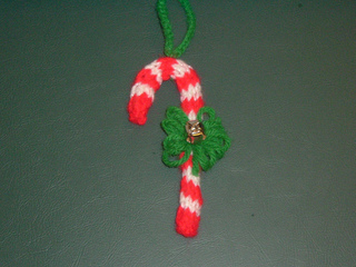 Knitted_ornament_small2