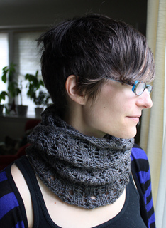 Grey_cowl_small_2_small2