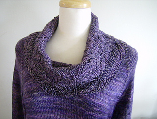 Main_photo_cowl_sweater_small2