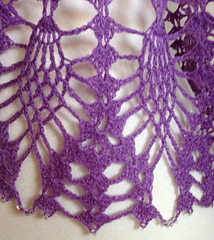 Crochet_poncho_4_beads_close-up_small