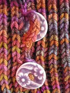Bb_buttonholes_small2