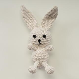 Amigurumi Animals Susan Yeates : Ravelry: Vanilla the Amigurumi Rabbit (Crochet) pattern by ...