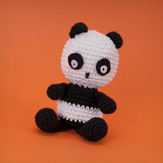 Ravelry: Penny the Panda Amigurumi Toy pattern by Susan Yeates