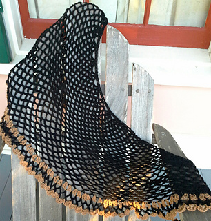 Whodat_shawl_small2