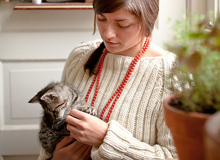 Olympia-pullover-kitty_small2