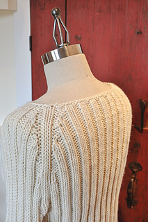 Olympia-pullover-back-detail_small2