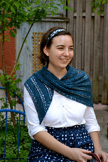 Diagonal-lace-shawl-pattern_small2