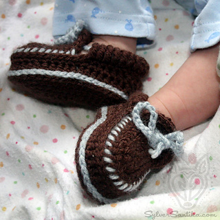 Hook_candy_crochet_patterns_sylver_santika_baby_boy_girl_moccasin_booties_03_small2