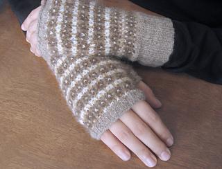 Fingerless_gloves_selina_small2