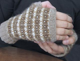 Fingerless_gloves_selina_3_small2