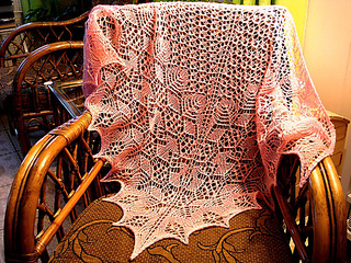Betta_shawl_-_redigert_small2