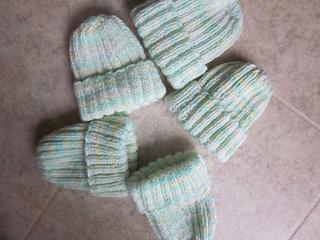 5_hats_small2