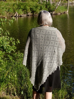 Cynthia_s_shawls_go_everywhere_blog_small2