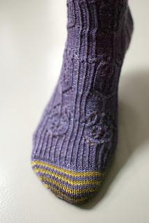 Mystery_sock_toe_small2