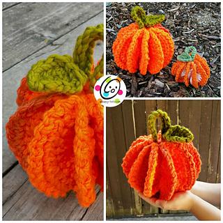 Pumpkin_big_and_small_small2