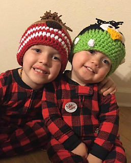 Chelsea_alford_beanies_small2