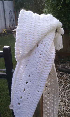 Hooded_scarf_medium