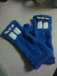Tardis_gloves_small2
