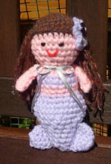 Little_chubby_mermaid_small2