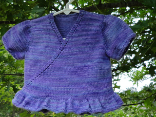 Ravelry_-_lapped_baby_cardi_-_rav_pic_also_small2