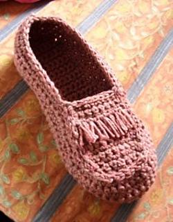 Crocheted_mocasin_small2
