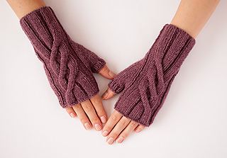 2_lavender_gloves_small2
