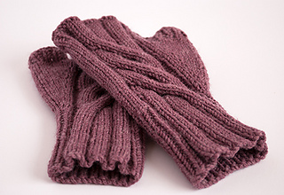 3_lavender_gloves_small2