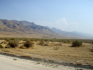 West_desert_moutains_small2