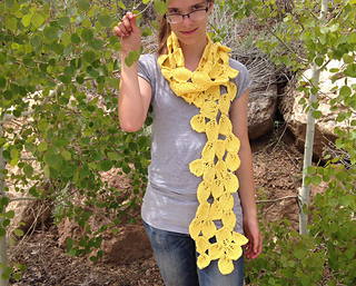 Pando_as_scarf_small2