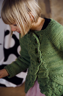 Cable-cardigan-1_small2