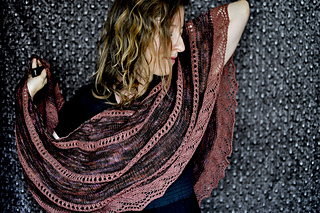 Merlot-shawl28_small2
