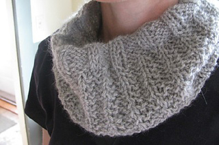 Leisel_cowl_small2