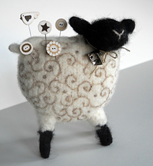 Woolly_sheep-4_small