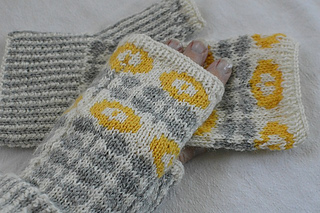 Flowermitts2_small2