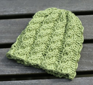Knit Picky Patterns From Allfreeknitting : Ravelry: Bitty Cabled Hat pattern by Heather Cabanas