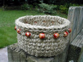 Jute_basket_red_dscn1477_ed_small2