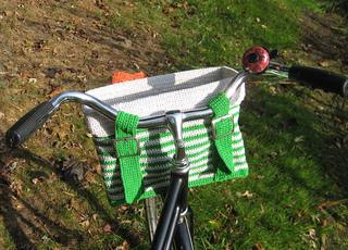 Bike_basket_back_view_small2