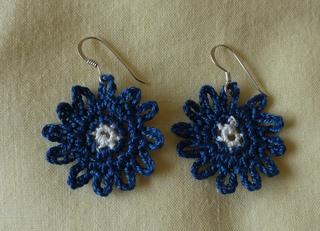 Bonny_blue_earrings_again__4__small2