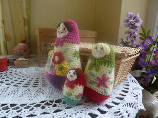 Russian_dolls__3__small2