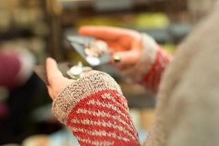 Rhinebeck_sweater-33_small2