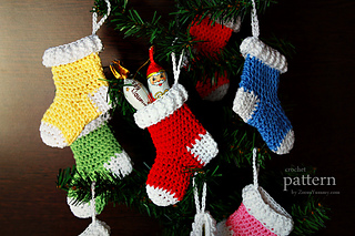 Crochet-pattern-crochet-christmas-stocking-ornaments-3-630-with-text_small2