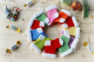 Crochet-pattern-crochet-christmas-stocking-ornaments-6-630-with-text_small2
