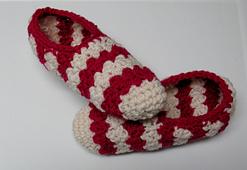 Pantoufles-au-crochet-rayures-pour-femme-point-suzette-7_small_best_fit