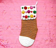 Crochet_gingerbread_christmas_stocking_by_twinkie_chan_small_best_fit
