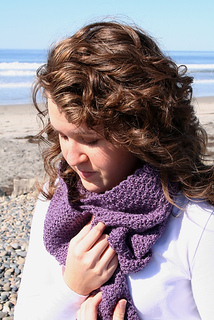 Woods_scarf_lauren_scrunch_small2