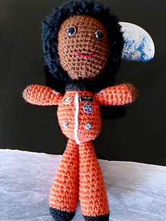 Mae-in-space-1_small2