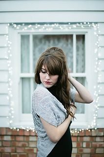 Beatriz_shawl_small2