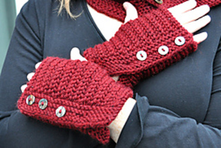 Tagish_mitts_2_small2