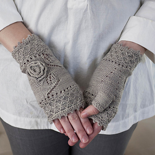 Miss_myrtle_mitts_pic2_small2