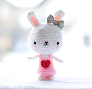 Sweetheart_bunny_small2